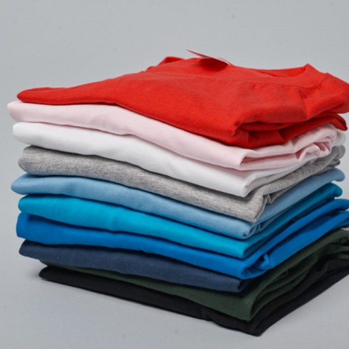Из какого материала шьют футболки